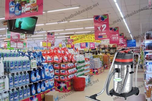 Máy hút bụi công nghiệp đa tính năng như Topclean TC 80S rất phù hợp dùng cho siêu thị