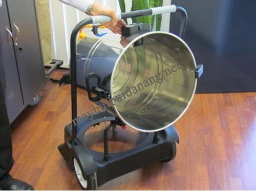 Người dùng nên mua máy hút bụi TopClean có dung tích thùng chứa phù hợp với nhu cầu sử dụng