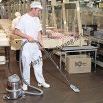 Các doanh nghiệp sản xuất, đóng gói bao bì nên sử dụng máy hút bụi nhà xưởng để đảm bảo hiệu quả vệ sinh tối ưu