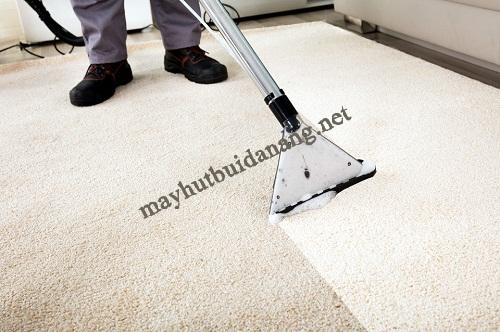 Sử dụng máy giặt thảm phun hút để vệ sinh hiệu quả cho thảm văn phòng, nhà ở