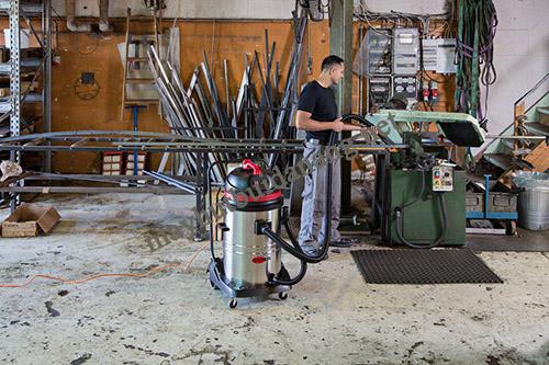 Máy hút bụi công nghiệp 80 lít là lựa chọn vệ sinh lý tưởng cho nhà máy gỗ