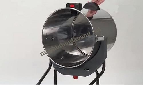 Làm sạch thùng chứa trước khi tiến hành hút nước