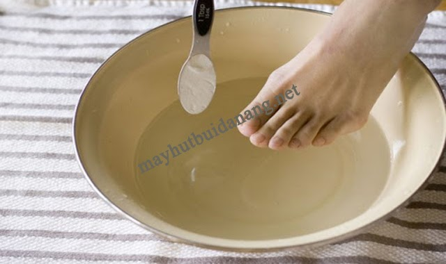 """Công dụng baking soda với """"các bệnh"""" về chân"""