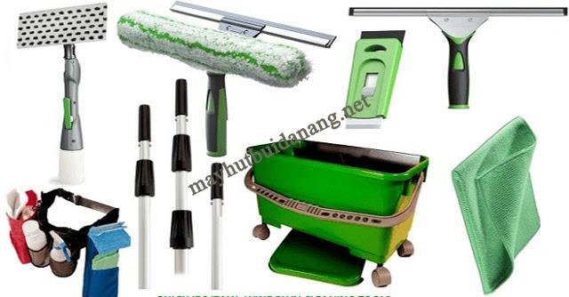 Bộ dụng cụ lau kính giúp công việc vệ sinh kính trong nhà ở nhanh chóng hơn