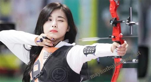 Khoảnh khắc đẹp xuất thần của Tzuyu tại Đại hội thể thao Idol