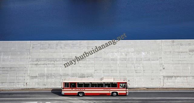 Một bức tường chắn sóng thần ở Nhật Bản