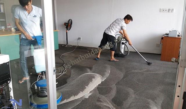 Quy trình giặt thảm công nghiệp gồm có 4 bước