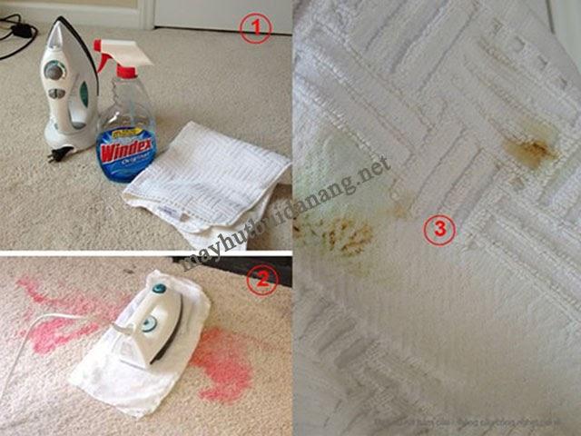 Sử dụng hỗn hợp nước lau kính và chiếc bàn là để tẩy rửa vết bẩn cứng đầu