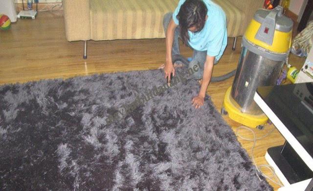 Cách giặt thảm tại nhà thông minh là bạn sử dụng dụng cụ giặt sàn chuyên nghiệp
