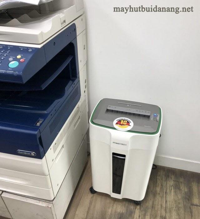 Máy huỷ giấy văn phòng chỉ chiếm một diện tích nhỏ khi sử dụng