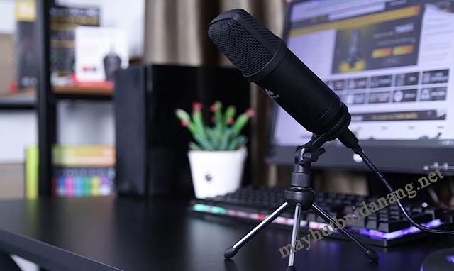 Micro là thiết bị không thể thiếu cho việc livestream