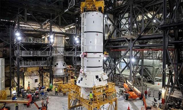 Tòa nhà VAB, nơi lắp ráp tên lửa lớn nhất thế giới