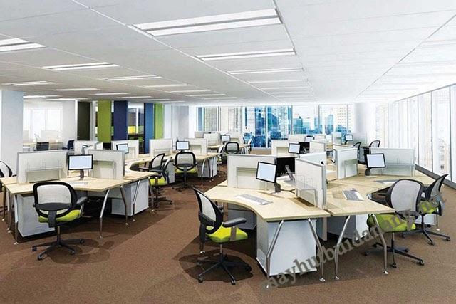 Bàn ghế, tủ đựng dữ liệu, trang thiết bị cá nhân là đồ nội thất cần có trong văn phòng