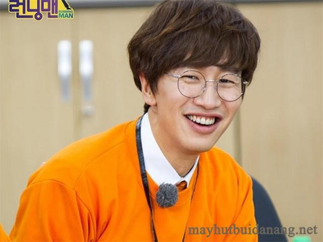Hươu cao cổ Lee Kwang Soo